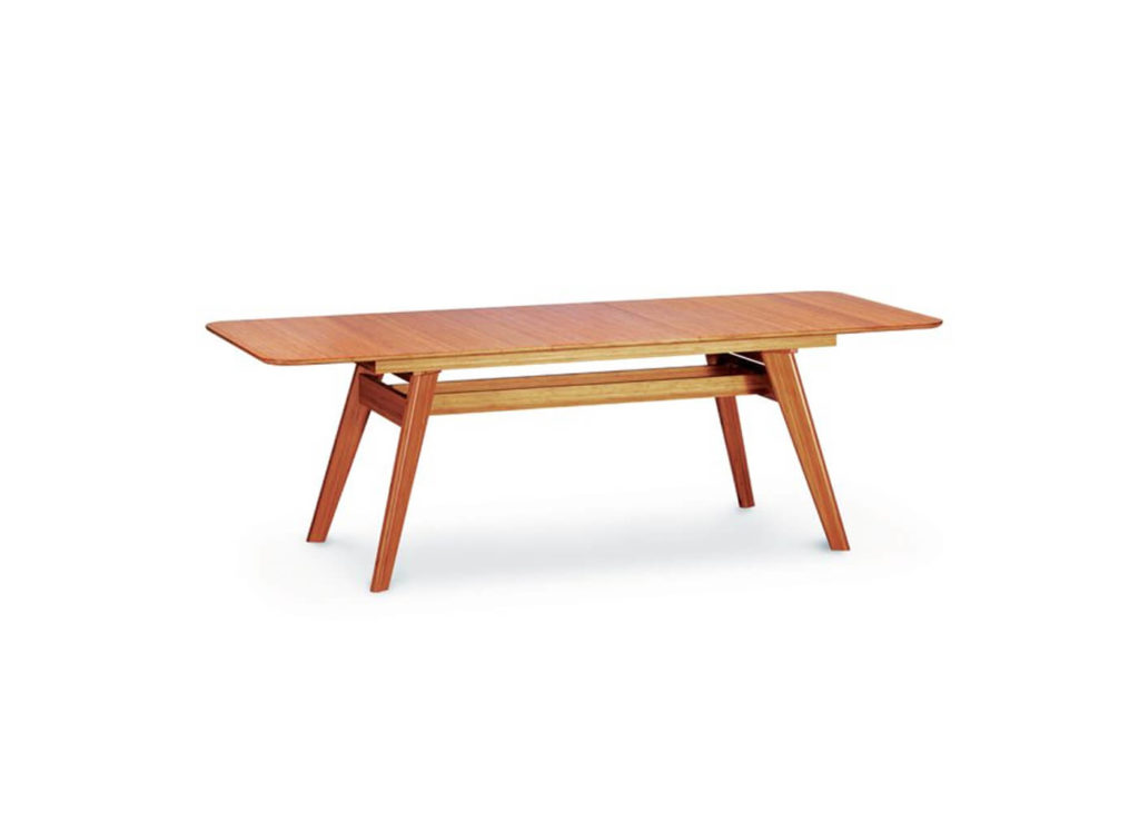 Currant Extension Dining Table in Caramelized
