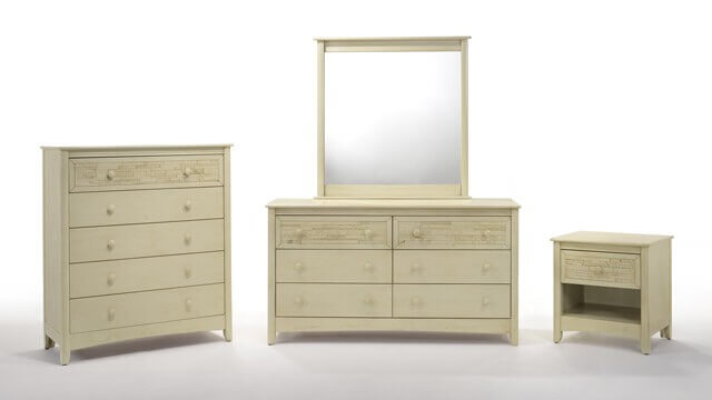 Night & day Cape Cod 5 Drawer Chest