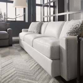 Blake Sofa by Flexsteel in Lifestyle