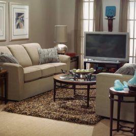 Lakewood 3-Seater with Chair in Lifestyle Setting