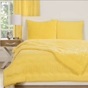 Crayola Laser Lemon Playful Plush Comforter Set 1