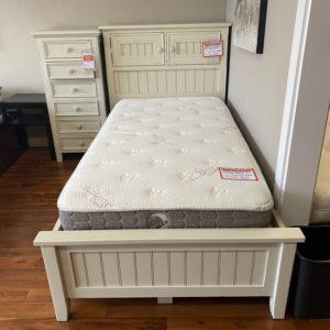 North American Wood Furniture Twin Storage Bed White 3