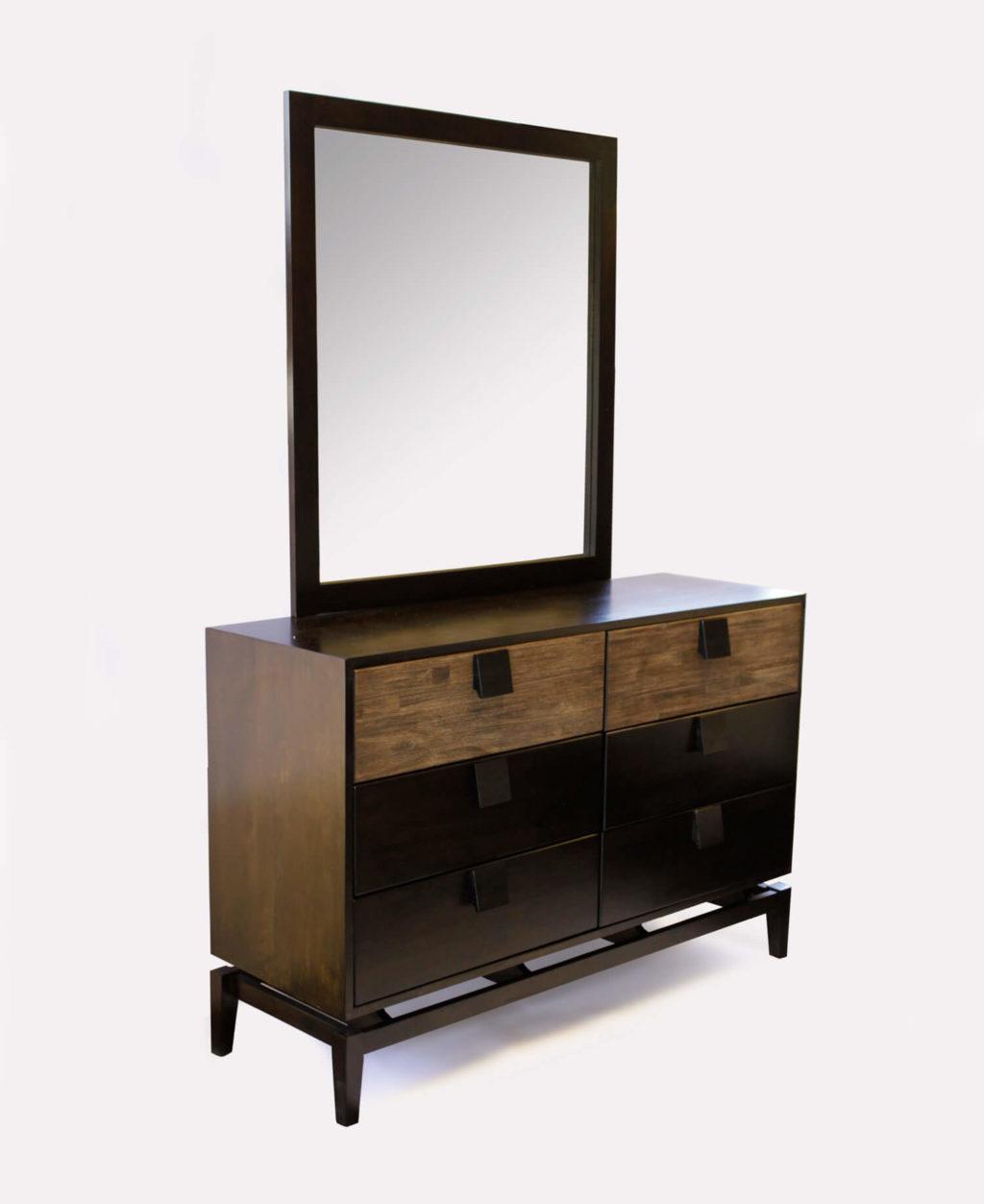 Quality Bedroom 6 Drawer Dresser w/ Mirror