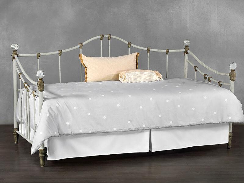 Bedrooms and More Wesley Allen Ostego Day Bed Frame