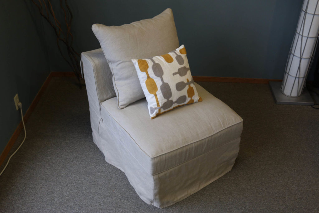Dunlin Armless One-Seater Sofa Additional Photo in color Sand