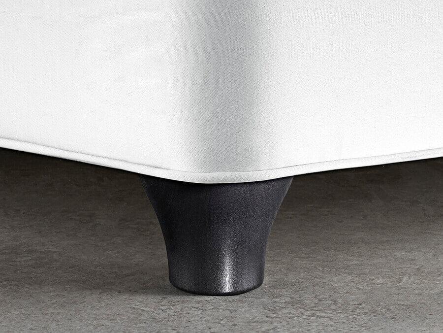 L2 Wooden Leg